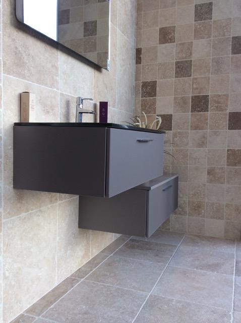 travertin. Black Bedroom Furniture Sets. Home Design Ideas
